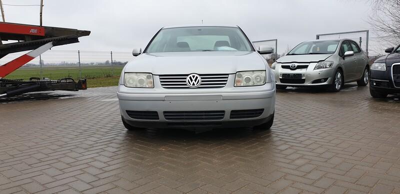 Volkswagen Bora Basis Benzinas  1999 m