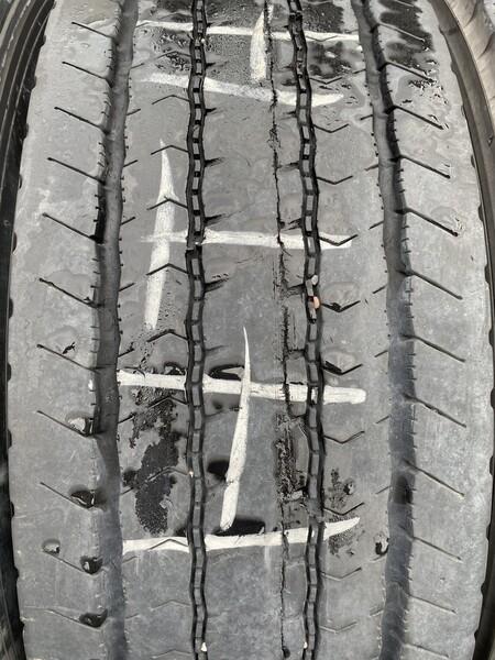 Bridgestone R19.5 universal  tyres trucks and buses