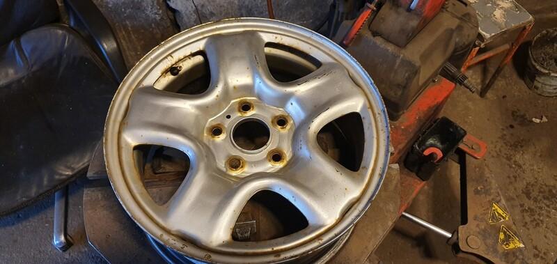 Toyota RAV-4 R16 plieniniai štampuoti  ratlankiai