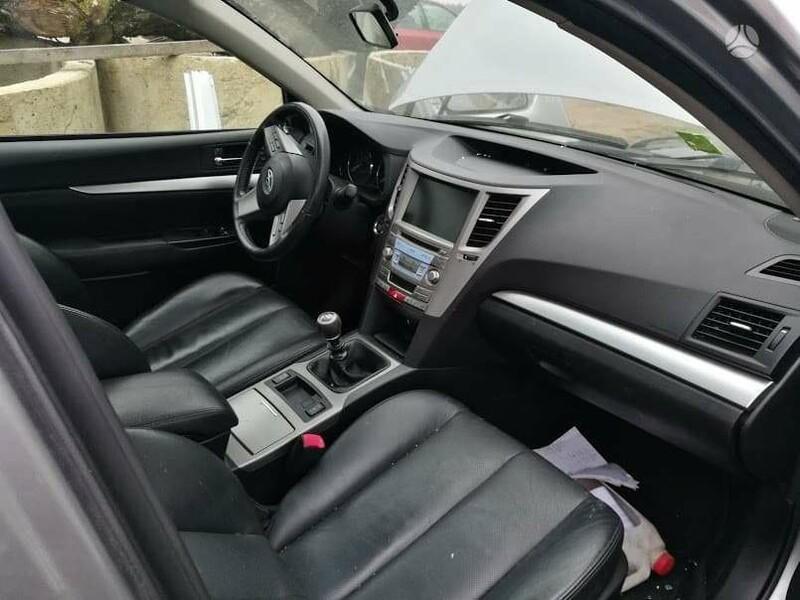 Subaru Legacy 2011 m dalys