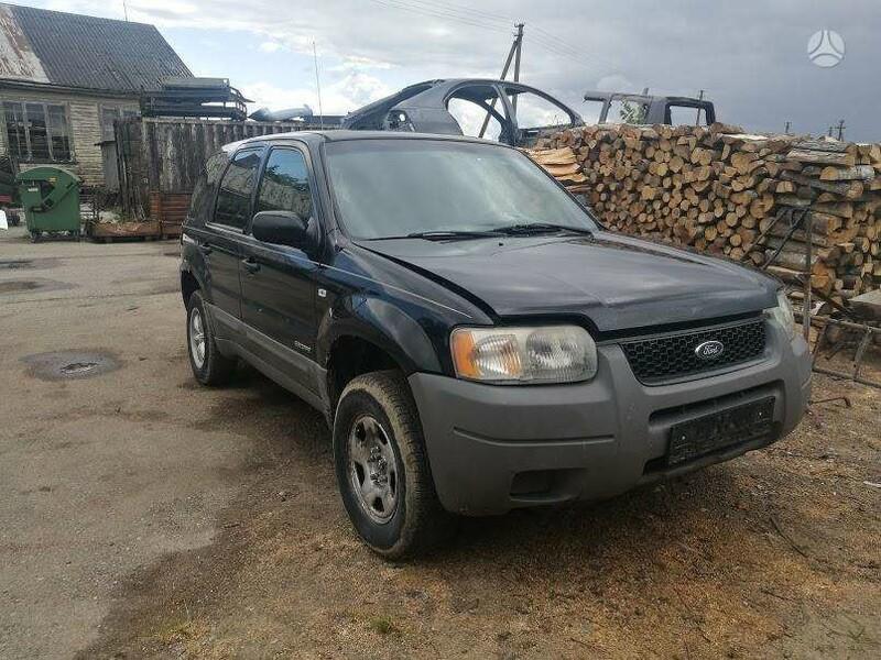 Ford Escape 2002 m dalys