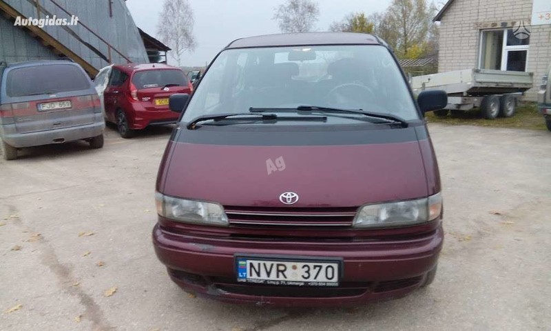 Toyota Previa 1994 m dalys