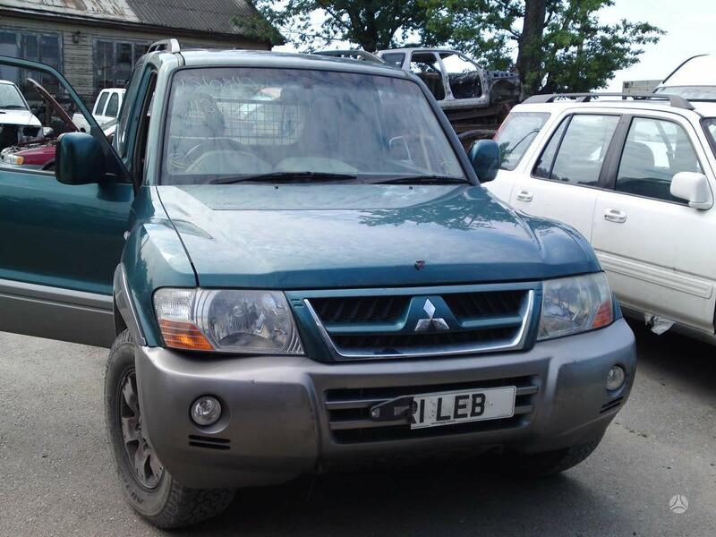 Mitsubishi Pajero 2004 m dalys