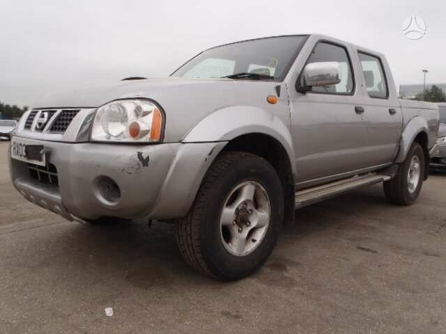 Nissan Navara 2005 m dalys