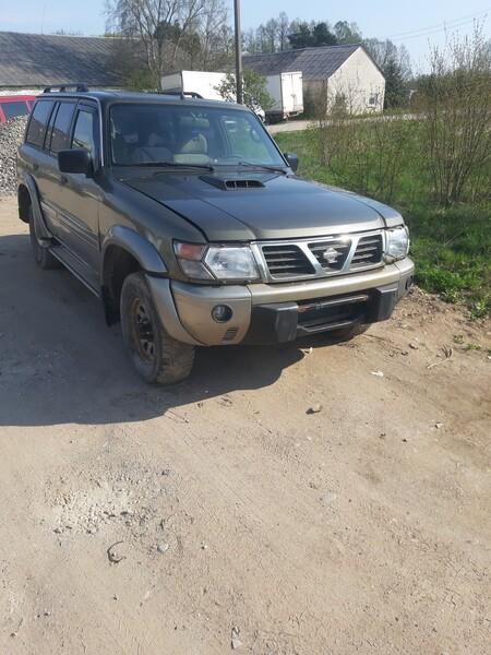 Nissan Patrol 1998 m dalys