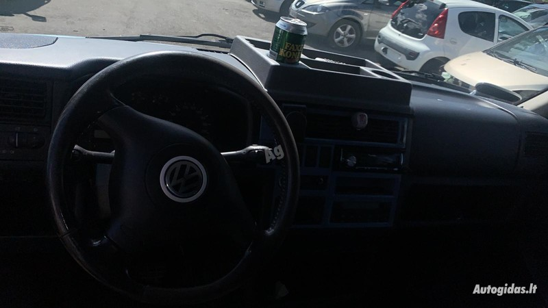 Volkswagen Caravelle TDI 2000 m dalys