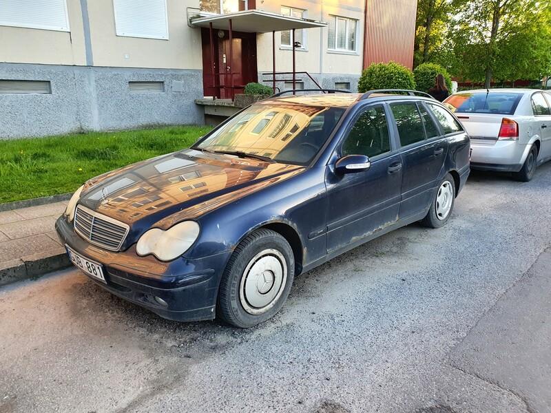 Mercedes-Benz C 220 W203 2.2 CDI 105 KW  2002 г запчясти