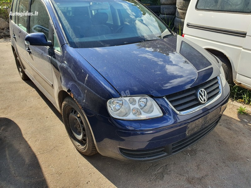 Volkswagen Touran 2005 m dalys