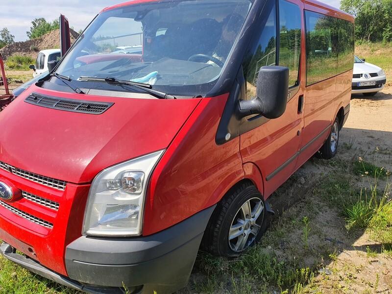 Ford Transit keleivinis 2012 m dalys