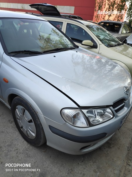Nissan Almera 2001 m dalys