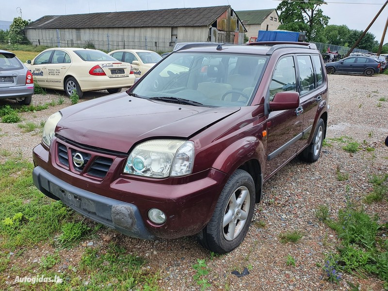 Nissan X-Trail I 2003 m dalys