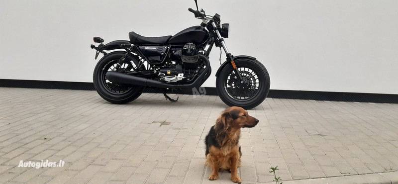 Klasikinis / Streetbike  Moto Guzzi V9 2017 m motociklas