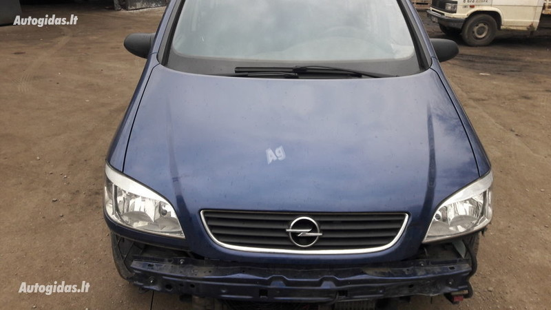 Opel 2002 m dalys