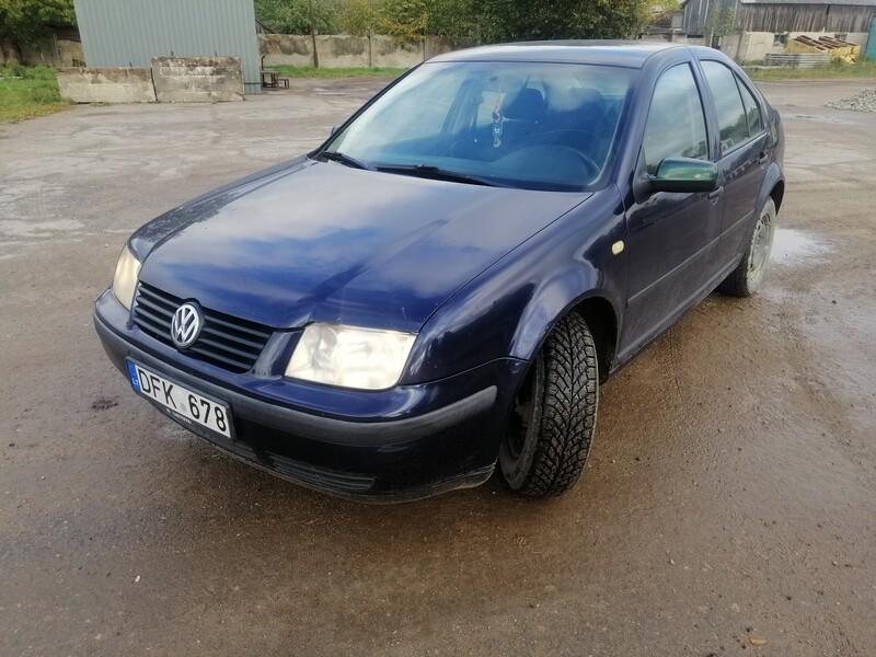 Volkswagen Bora 1999 m dalys