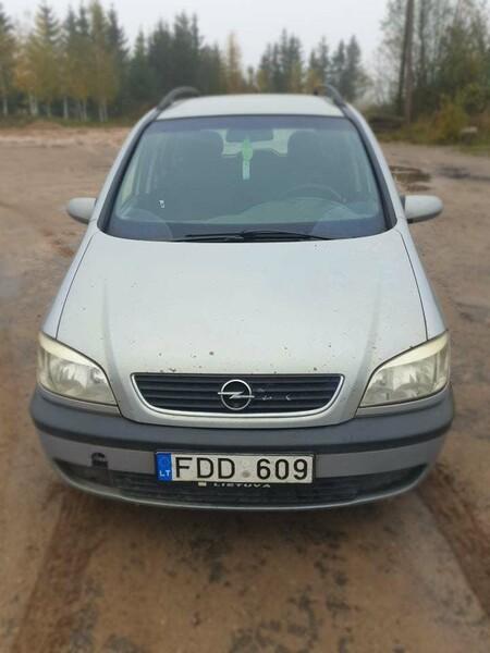 Opel Zafira A 2002 m dalys
