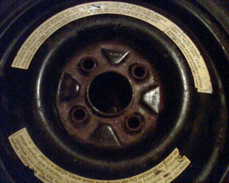 Volvo 440 R14 atsarginis ratas