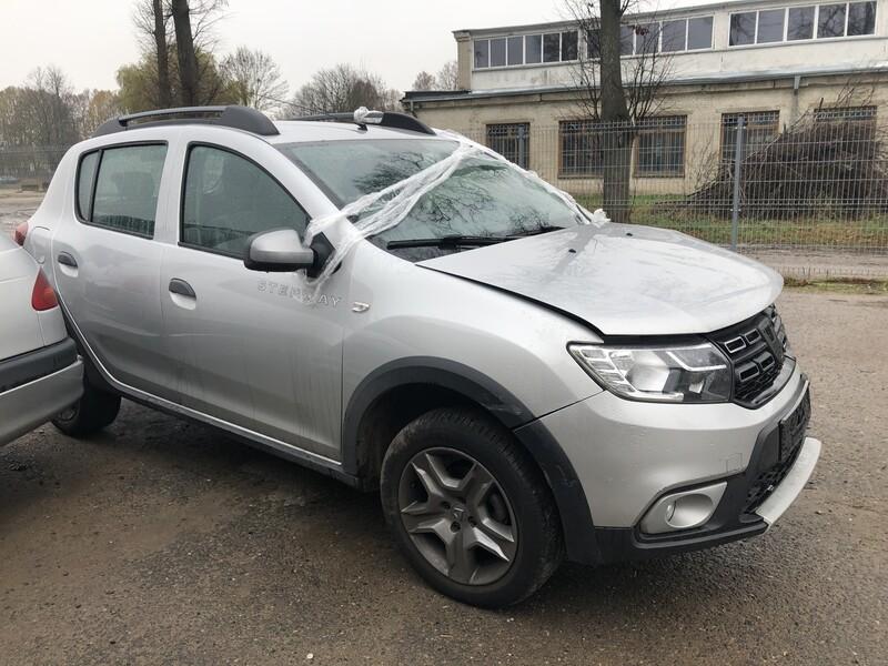 Dacia Sandero Stepway 2018 m dalys