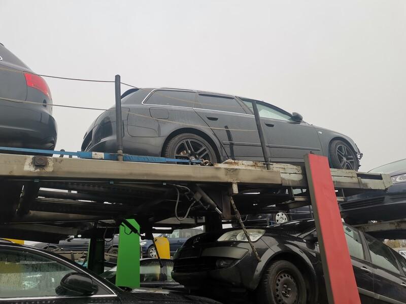 Audi A4 Tdu 2006 m dalys