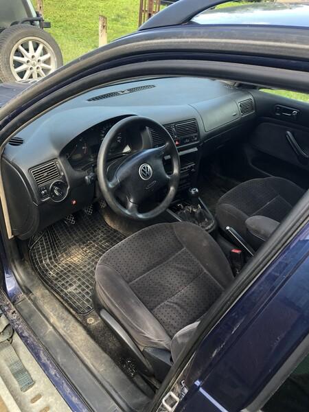Volkswagen Golf IV 2002 m dalys