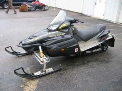 Sniego motociklas  Yamaha RX 2004 m dalys