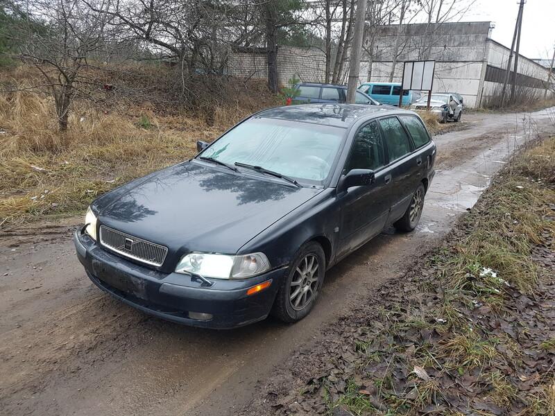Volvo V40 2002 m dalys