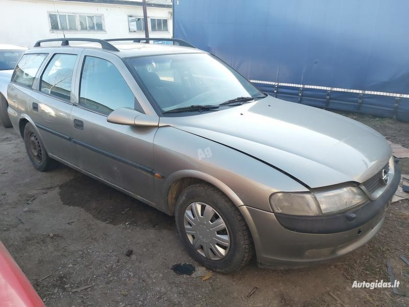 Opel Vectra 1998 m dalys