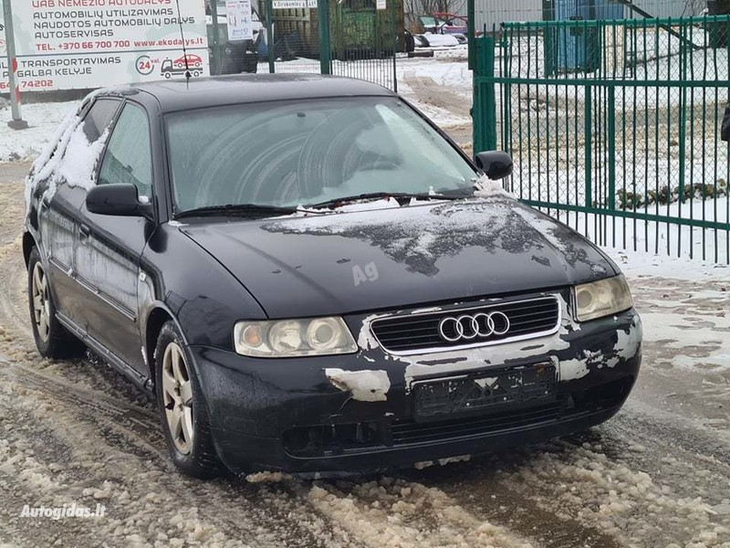 Audi A3 8L 2002 m dalys