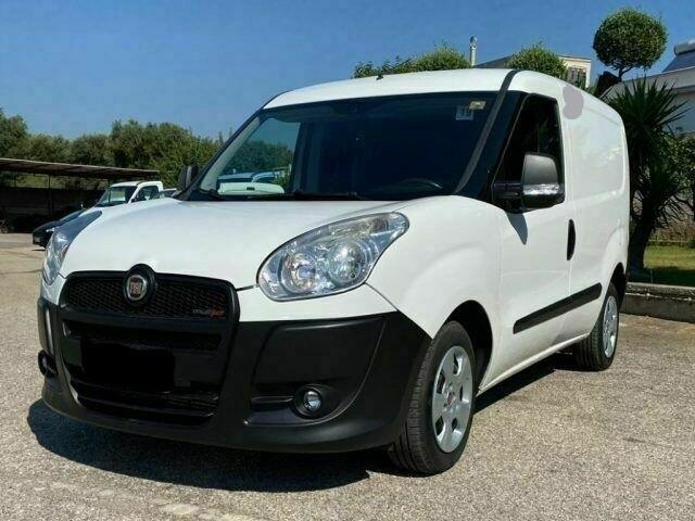 Fiat Doblo II 2011 m dalys