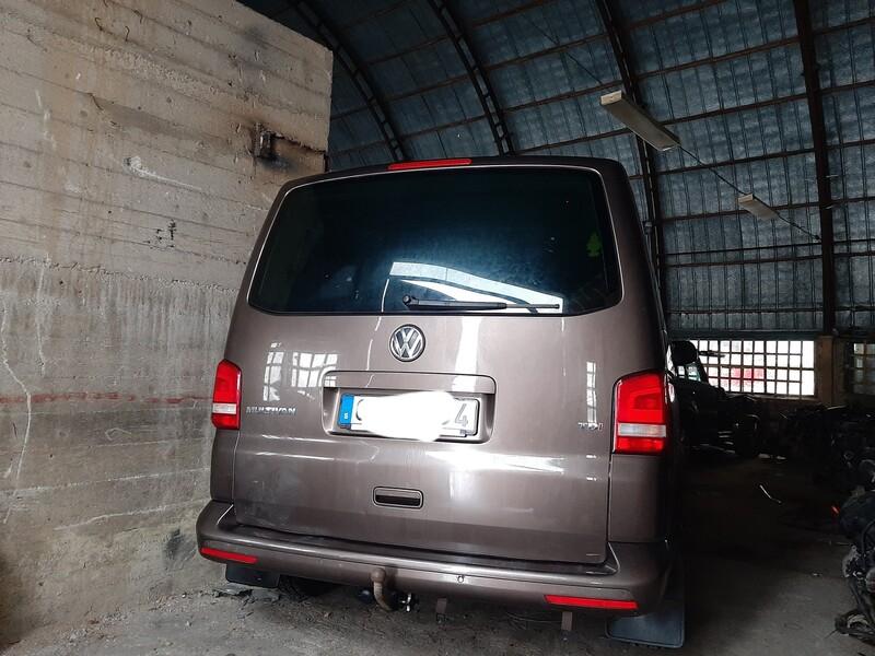 Volkswagen Multivan 2011 m dalys