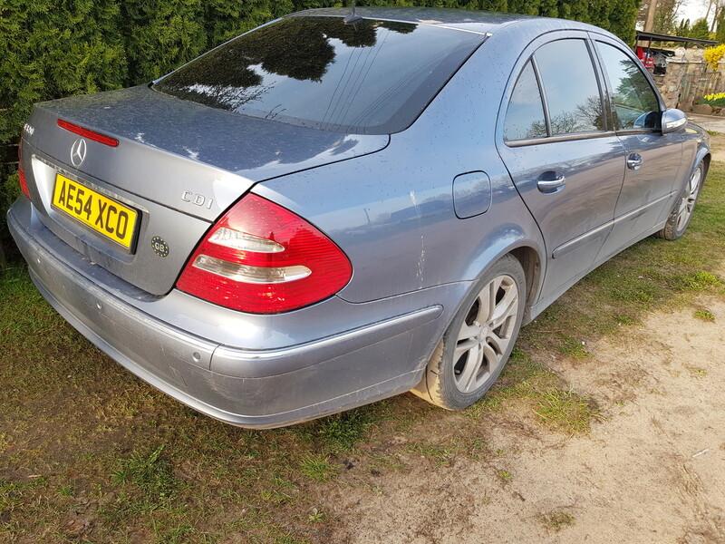 Mercedes-Benz E 320 W211 2003 m dalys