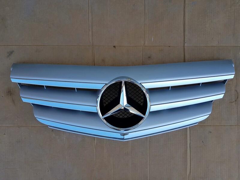 Mercedes-Benz B Klasė 2010 m dalys