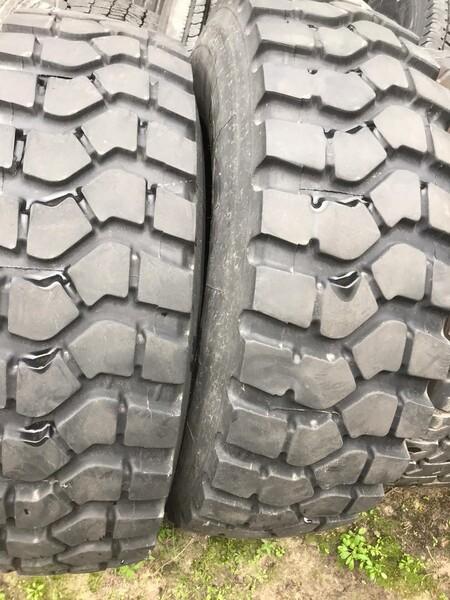 Pirelli R20 14.00 universalios  padangos traktoriams ir spec technikai