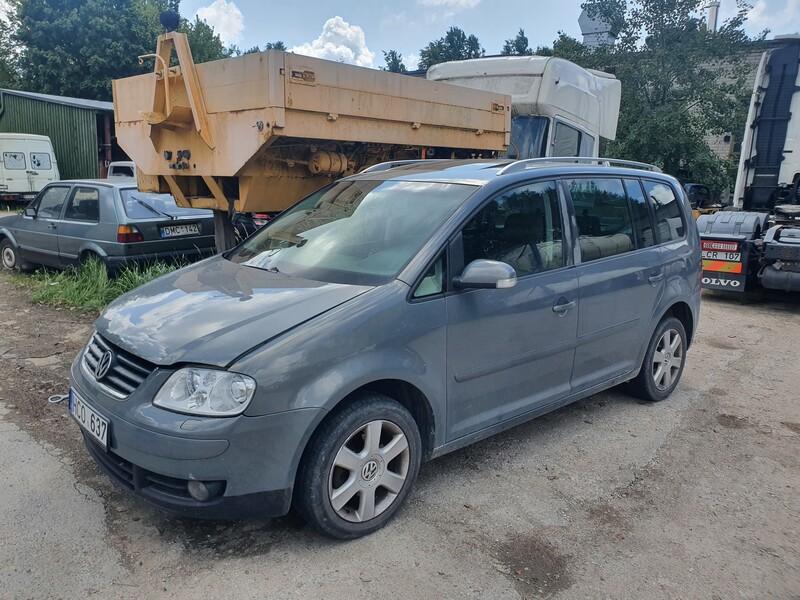 Volkswagen Touran I 2.0 DYZELIS  103 KW 2005 г запчясти