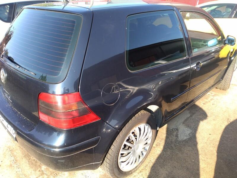 Volkswagen Golf 2001 г запчясти