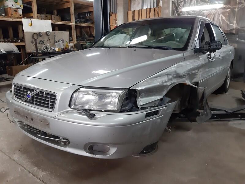Volvo S80 2004 y parts