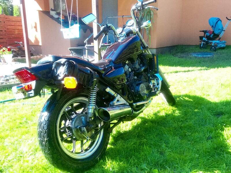 Чопер / Cruiser / Custom  Honda VF 1984 г мотоцикл