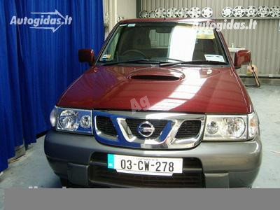 Nissan Terrano II 2003 m dalys