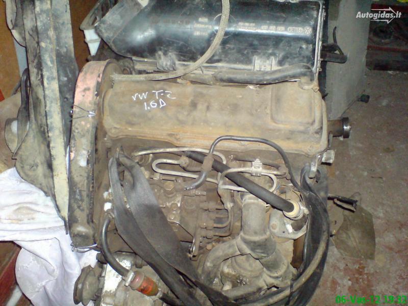 Volkswagen T 2 1988 г запчясти