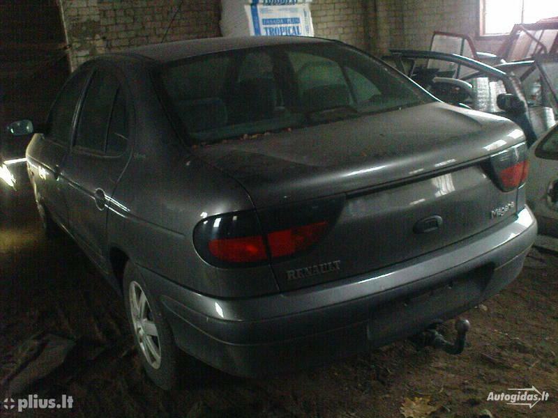 Renault Megane I 1998 г. запчясти