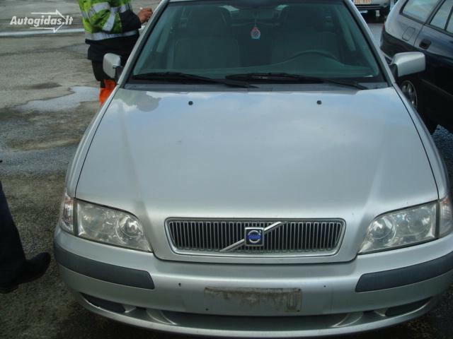 Volvo V40 I 1.9dci IŠ VOKIETIJOS 2002 г запчясти
