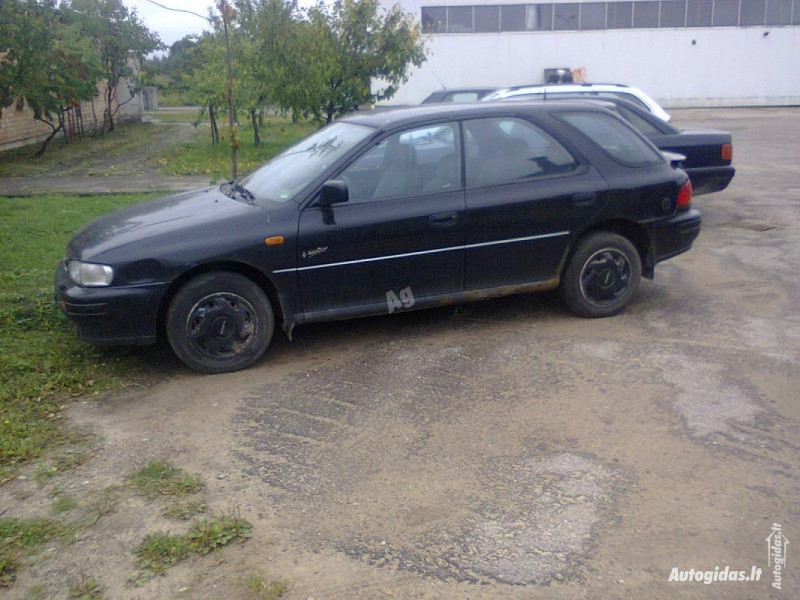 Subaru Impreza GC 1995 m dalys