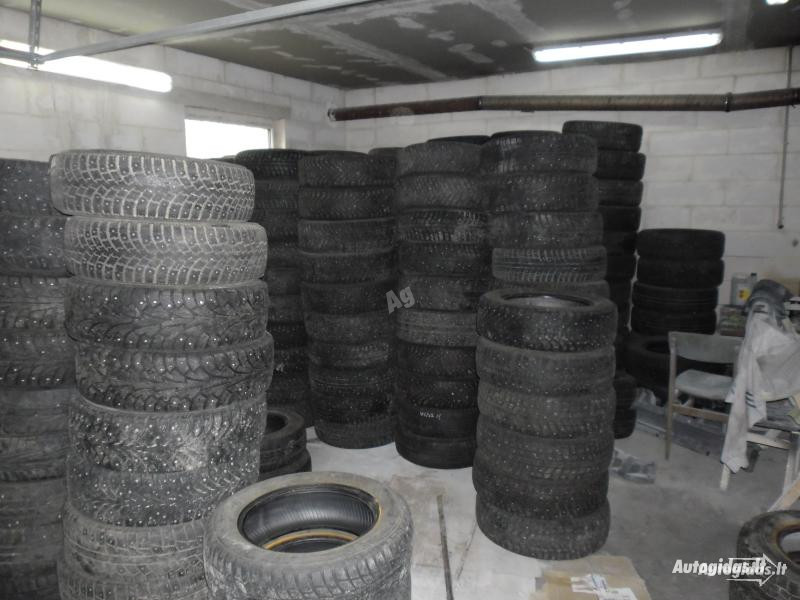 Pirelli R15 universal  tyres passanger car