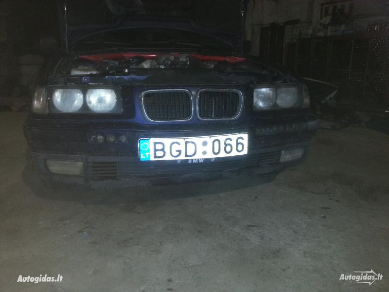Bmw 318 E36  BLOKIRUOTE  1995 m dalys