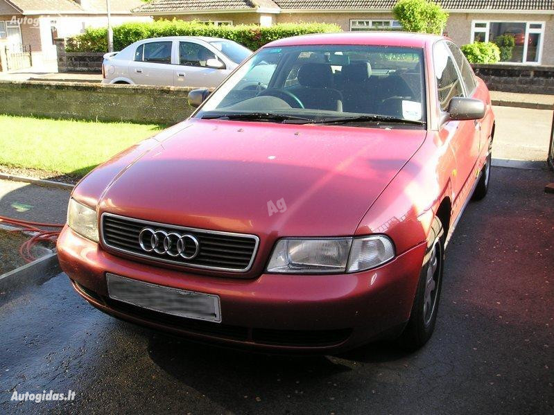 Audi A4 B5 1997 m dalys