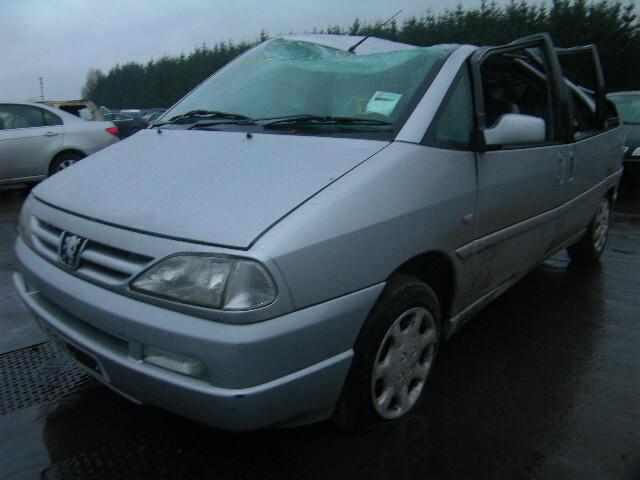 Peugeot 806 2002 m dalys