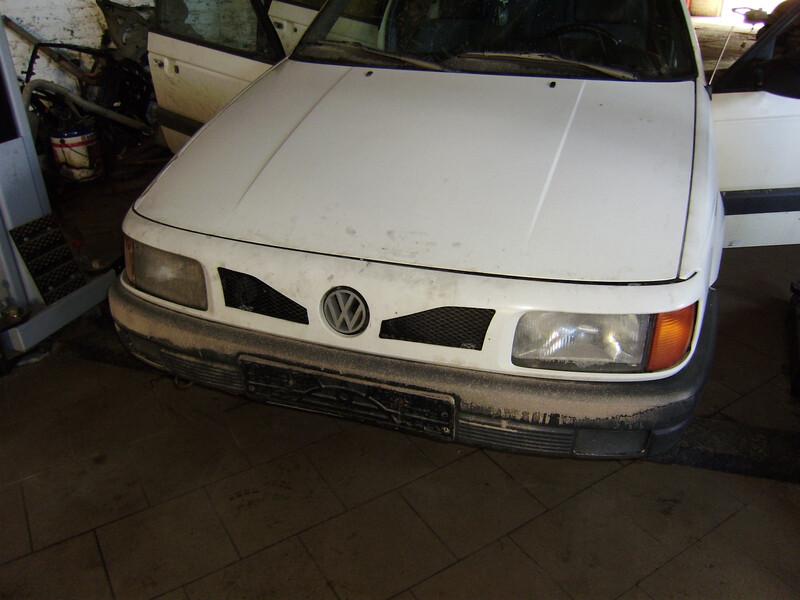 Volkswagen Passat B3 1991 m dalys