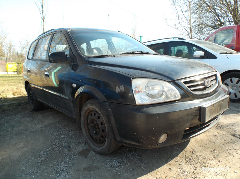 Kia Carens II 2003 y parts