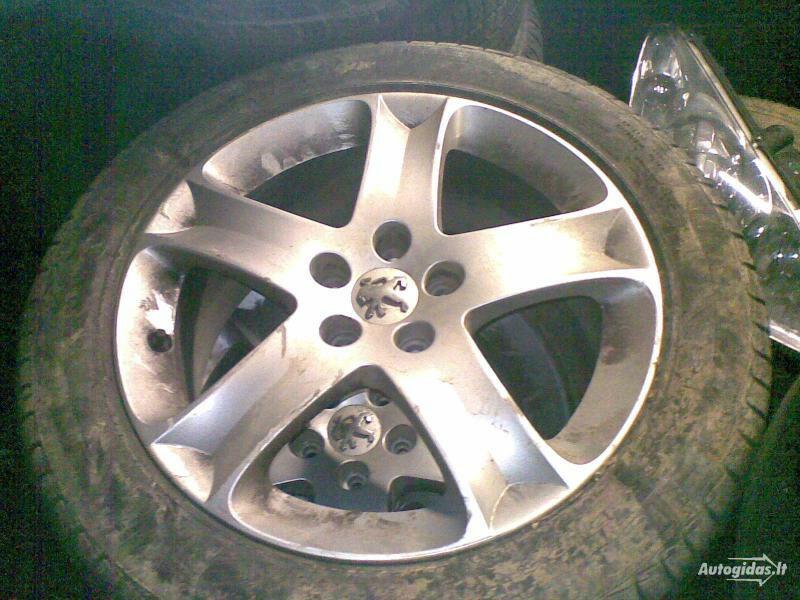 Peugeot 407 R17 lengvojo lydinio  ratlankiai
