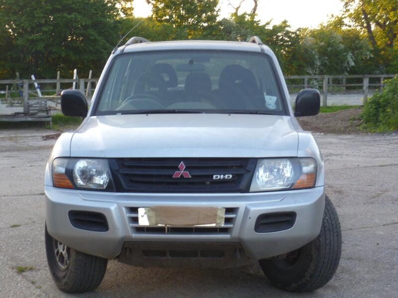 Mitsubishi Pajero III 2002 m dalys