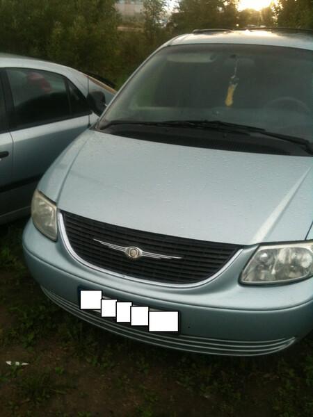 Chrysler Grand Voyager III 2003 m dalys